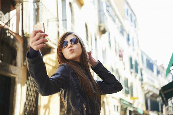 selfie مطالب خواندنی