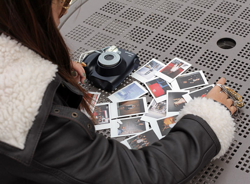 polaroid camera2 معرفی دوربین Polaroid 300 مدل PIC 300R