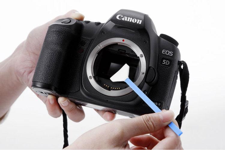 1fda80d3 88c7 4f37 8f6a 873c83d784a8 نحوه تمیز کردن لنز دوربین