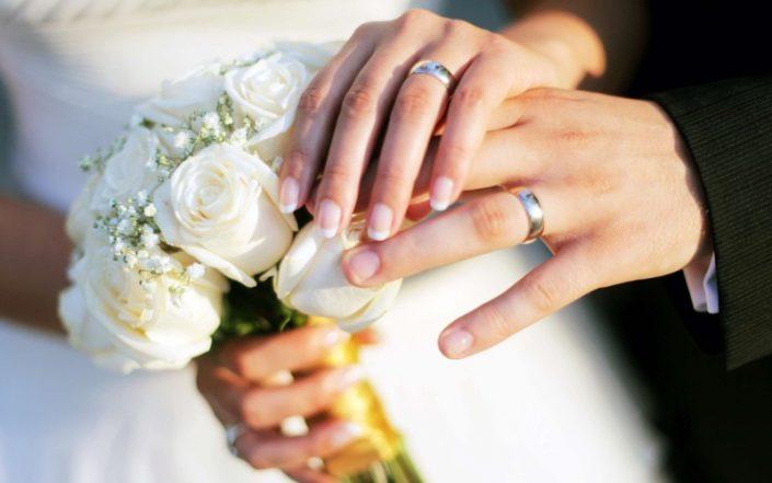Beautiful photography and a visionary gesture the bride and groom 3 705x441 ژست های عکاسی زیبا و رویایی عروس و داماد