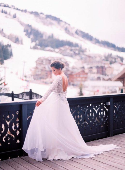 Beautiful photography and a visionary gesture the bride and groom 5 518x705 ژست های عکاسی زیبا و رویایی عروس و داماد