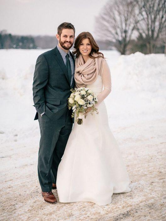common mistakes about the bride and groom photo coordination 2 529x705 ژست های عکاسی زیبا و رویایی عروس و داماد
