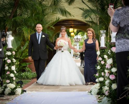 bride entrance 495x400 مطالب خواندنی