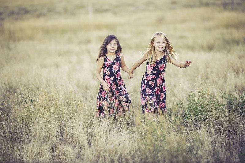 idea of outdoor photography 1 ایده عکاسی از کودک در فضای باز