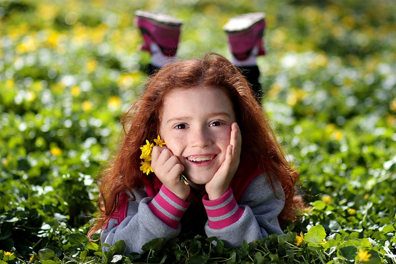 idea of outdoor photography 2 ایده عکاسی از کودک در فضای باز