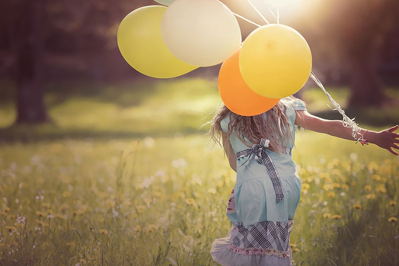idea of outdoor photography 5 ایده عکاسی از کودک در فضای باز