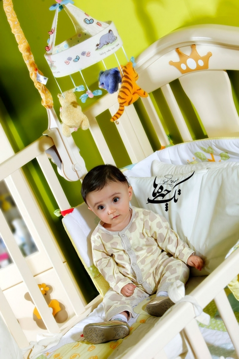 baby photography at home 2 1 470x705 آتلیه عکاسی نوزاد