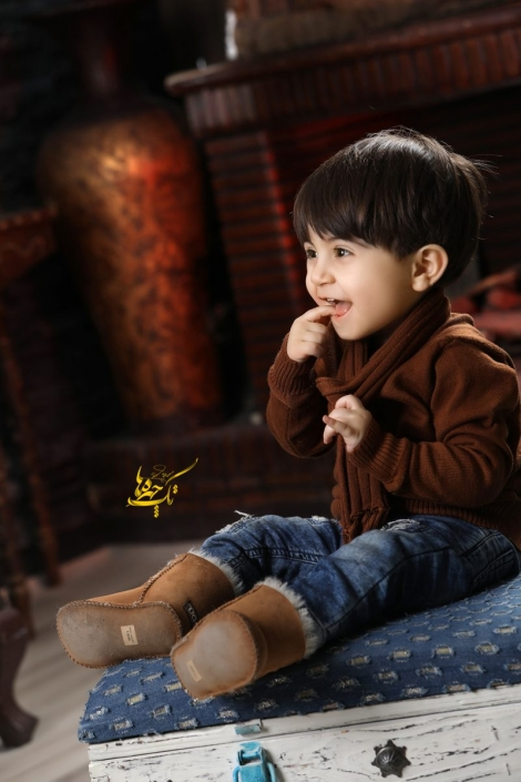 child photography1 470x705 آتلیه عکاسی کودک
