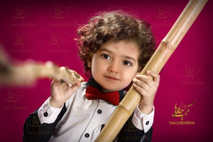 child photography41 705x470 آتلیه عکاسی کودک