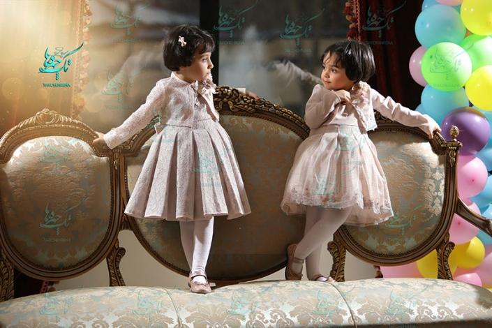 child at home photography 7 705x470 آتلیه عکاسی کودک