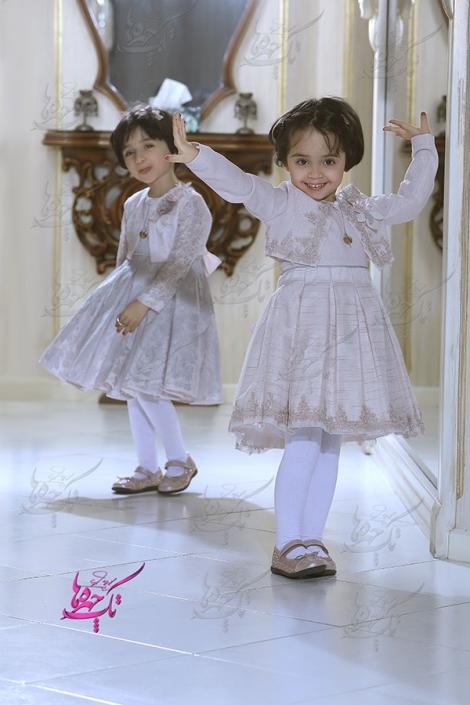 child at home photography 9 470x705 آتلیه عکاسی کودک