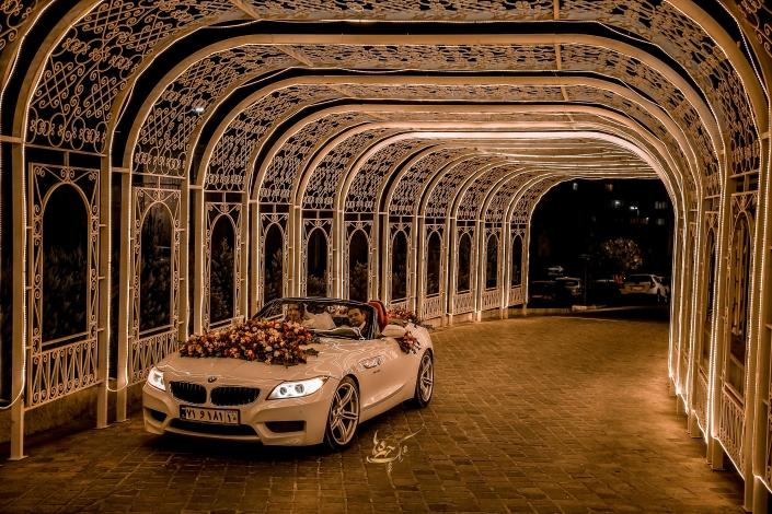3 705x470 آتلیه عکاسی عروس و داماد
